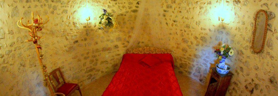 une chambre des maris originale - Gite Sarthe Mariage